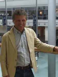 Michael Vogtmann gibt beim Interview mit der EnergieAgentur Oberbayern auf der InterSolar 2019